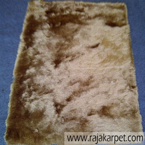 Karpet Bulu Highline 1 highline_gold